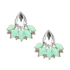 Yoins Flower Water-drop Crystal Stud Earrings ($4.06) ❤ liked on Polyvore featuring jewelry, earrings, green, blossom jewelry, flower earrings, flower jewelry, crystal earrings and green stud earrings