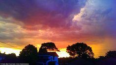 Esta semana, Adelaide e Sydney foram duas das cidades australianas mais fustigadas por tempestades de Verão. Veja as fotografias.