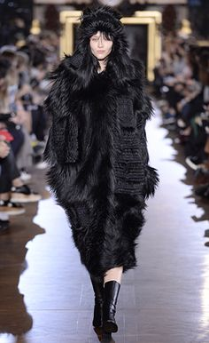 Winter 2015 Look 30 - Stella McCartney - Black Straight Alter Fur Nyla Outerwear with Embroidery, Embroidered Alter Fur Hat and Black Alter Nappa Boots.