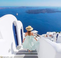 The most stunning pictures of Santorini, Greece. #travel #travelworld #santorini…