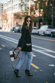 Yes, we all need those basic staple turtlenecks for layering purposes durin Fall Winter Outfits, Winter Fashion, Outfit Vestidos, Casual Outfits, Fashion Outfits, Instagram Outfits, Street Style, Minimal Fashion, Streetwear Fashion