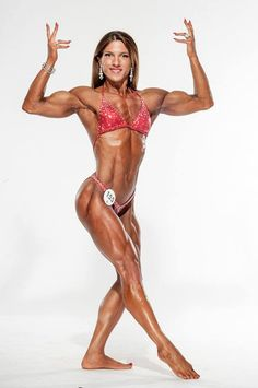 Interview With IFBB Physique Competitor Anastasia Papoutsaki