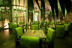 #ECOHOTELS #SWD #GREEN2STAY Hi Hôtel Profitez du week-end pour découvrir le restaurant du Hi Hotel, qui vous accueille dans un cadre intimiste et verdoyant. Ouvert du mardi au samedi de 12h à 14h et de 19h30 à 21h30 Réservation/Book a table: +33 4 97 07 26 26 - http://green2stayecotourism.webs.com/uk-and-europe-eco-hotels