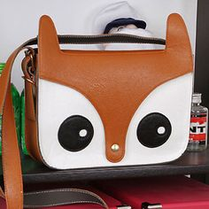 Less than $2 with promo code fmyG16 and free shipping!!  Whimsical Fox Tote, 53.4% discount @ PatPat Mom Baby Shopping App.   Use promo code  fmyG16 for $5 off!  If link doesn't work, download the PatPat app or visit PatPat.com.