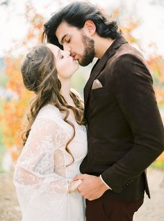 Gorgeous couple | Poetry Inspired Fine Art Editorial | Momento Cativo