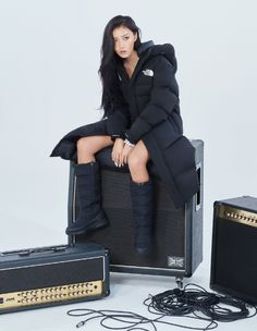MAMAMOO's Hwasa as the new PR model for global outdoor brand 'The North Face' will attend the brand's fansign event on Sept at Starfield Goyang Kpop Girl Groups, Korean Girl Groups, Kpop Girls, K Pop, Rapper, Wheein Mamamoo, Mocca, Just Girl Things, Soyeon
