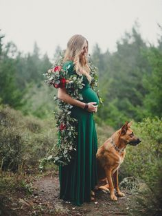 Winter Maternity Shoot by Jennifer Skog featuring floral garland and the woods Maternity Christmas Pictures, Winter Maternity Photos, Maternity Poses, Stylish Maternity, Maternity Pictures, Winter Pregnancy Photos, Pregnancy Style, Pregnancy Fashion, Hippie Pregnancy