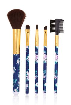 Idea - Paint Makeup Brush | Pinner said: Rose Cosmetic Brush Set #F21Cosmetics