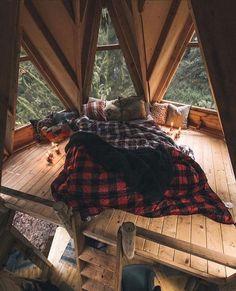 Cabine Diy, Cabin Design, House Design, Deco Cool, Diy Cabin, Rustic Home Interiors, Cozy Room, Aesthetic Rooms, Dream Rooms
