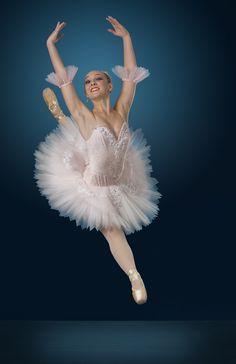Gwinnett Ballet Theatre, Garet Erwin - Photo by Richard Calmes - http://www.pbase.com/rcalmes