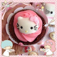 頑張った一日は、自分にご褒美♡  かわいいキティちゃんのカップケーキ♡♡♡    You need to treat yourself after a tough day with this cute cupcake ♡    Photo taken by Tany Kitty on WhatIfCamera    Join WhatIfCamera now :)  http://www.wifcam.com    Follow me on Twitter :)  https://twitter.com/WhatIfCamera    Follow me on Pinterest :)  https://pinterest.com/whatifcamera/pins