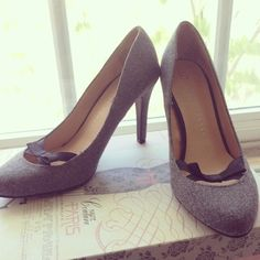 ✨ 2x HP ✨ LC Lauren Conrad Bow High Heels  These LC by Lauren Conrad grey high heels are accented with a black bow to make any outfit look career-savy & girly.  I only wore these once for a Halloween costume. These are sold out online. LC Lauren Conrad Shoes Heels