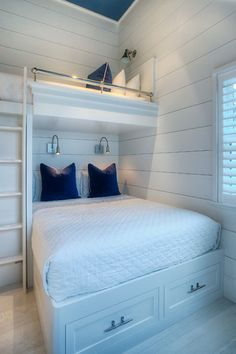 Bunk Beds Adjust, People Do Not. – Bunk Beds for Kids Bunk Bed Rooms, Bunk Beds Built In, Modern Bunk Beds, Queen Bunk Beds, Home Bedroom, Girls Bedroom, Bedroom Decor, Bunk Bed Designs, Awesome Bedrooms