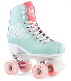 The Rio Roller Script Quad Roller Skates from Rio Roller are stunning in every single way. They feature multi-coloured pastel shades with an extremely well built chassis and trucks to create almost a perfect Roller Skate! We will price match an Roller Skate Shoes, Quad Roller Skates, Roller Derby, Roller Skating, Vintage Roller Skates, Rio Roller, E Skate, Teal Coral, Diy Mode