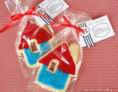 housewarming favor and tag with glitter of course
