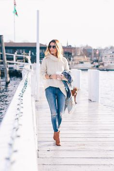 3a11dcf9365 Turtleneck sweater skinny jeans plaid scarf Prosecco and