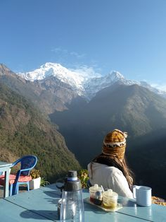 Nepal - Chhomrong, Annapurna Region Not long now until this is me! Walk Around The World, Around The Worlds, Nepal Trekking, Travel Light, The Great Outdoors, Amazing Photography, Beautiful Places, National Parks, Places To Visit
