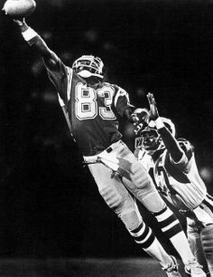 John Jefferson 1979 short lived career but dynamic player American Football, Football Team, Football Humor, School Football, Baltimore Colts, Pittsburgh, Sport Hall, San Diego Chargers, Nfl News