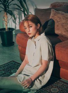 This is a fanpage of Stylenanda. all the photos belong to stylenanda. Enjoy :D Byun Jungha, Stylenanda, Kos, Asian Beauty, Ulzzang, Girl Outfits, Korean, High Neck Dress, Actresses