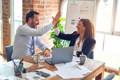 Whats the Average Retirement Age - thehappyage.com Harvard Business Review, Etre Un Bon Manager, Formation Management, Reasoning Test, Employee Retention, Success Pictures, Effective Leadership, Le Management, Personal Goals