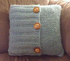 Knitting Patterns Pillow make bake & love: Knit Pillow Loom Knitting, Knitting Stitches, Knitting Patterns Free, Knit Patterns, Free Knitting, Tunisian Crochet, Knit Crochet, Crochet Cushion Cover, Knitted Cushions