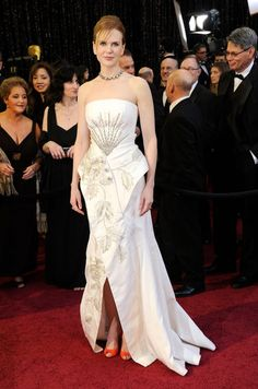 Nicole Kidman at the 2011 Oscars - The Most Daring Oscar Dresses - Photos