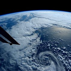 "sent this image from the International Space Station saying, ""It looks so peaceful from space, but this was a serious storm south of Alaska. Earth And Space, Planet Earth From Space, Cosmos, Nasa, First Space Shuttle, Earth View, Spaceship Earth, International Space Station, Our Solar System"