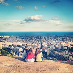 Great views over Barcelona from the Turó de la Rovira