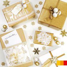 So schön kann Verpacken sein! Päckchen in Gold und Weiss wirken ganz besonders elegant. Kleine Christbaumkugeln & glitzernde Sterne verleihen den Geschenken dann noch den letzten Schliff. #libroat #verpacken #Weihnachtsgeschenke #giftwrapping #wrappingpaper #geschenkeverpacken Advent, Gift Wrapping, Elegant, Gold, Gifts, Glitter Stars, Wrapping Gifts, Christmas Time, Christmas Presents
