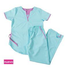 Tefi poly turquesa con violeta - Oh Wear Healthcare Uniforms, Medical Uniforms, Medical Scrubs, Nursing Scrubs, Scrubs Uniform, Lab Coats, Office Fashion, Work Wear, Gowns
