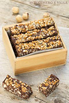 barrette croccanti al cioccolato e nocciole caramellate