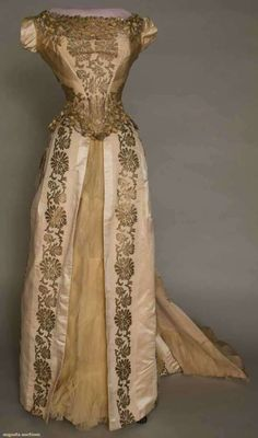 """""""Gold is not a fashionable color on all but blondes. I take great pleasure in flaunting the point."""" (Evening gown, 1880-1885)"""