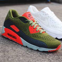Green & Crimson #nike #airmax90 #sneakers #sneakerfashion
