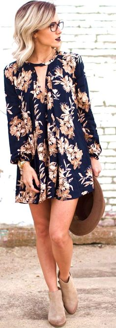 43 Pristine Floral Dresses Oufits To Brighten Your Day #floral #dress #outfit #spring #summer #ideas