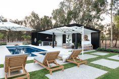 Outside In by Denise - Oakford Project Backyard Pool Landscaping, Backyard Pool Designs, Swimming Pools Backyard, Miami Houses, Pool Houses, Miami Pool, Modern Pool House, Simple Pool, Pool House Designs