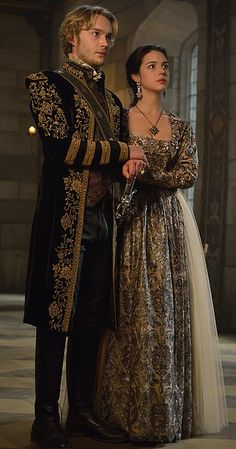 Reign (TV Series 2013– ) photos, including production stills, premiere photos and other event photos, publicity photos, behind-the-scenes, and more.