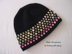 Hat Arianna by TheMagicOfCrafting. Free crochet pattern with only basic stitches used.
