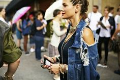 Street Style NYFW - Cool grunge vibe with distressed denim and rip details...
