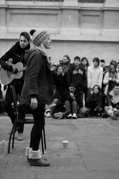 Ellie Goulding.  Busking Trafalgar Square (saw many of these in London, actually almost everyday I went out)
