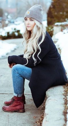#winter #fashion / oversized cardigan + red boots