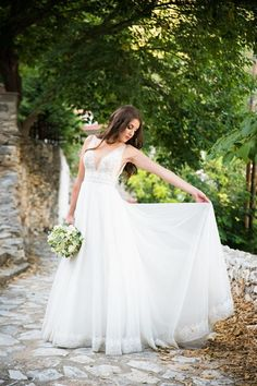 Exclusive Collection, Brides, Wedding Dresses, Fashion, Bride Dresses, Moda, Bridal Gowns, Fashion Styles, Weeding Dresses