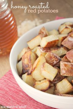 The perfect side dish - honey roasted red potatoes | SixSistersStuff.com