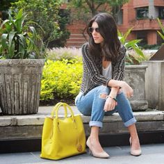 Ana Buendia @fashiontop5 spotted with our #jardindelluvia #Jimmybag