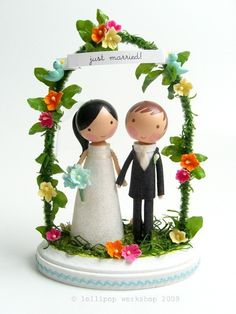 Precious Wedding Cake Toppers: You've Met Your Match » Love Notes Wedding Blog