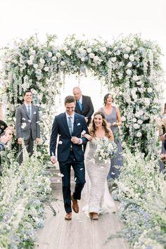 An Elegant Floral La Jolla Wedding in San Diego, CA: Modern Details and Bountiful Florals - an Aisle Planner Real Wedding. San Diego Wedding, La Jolla, Wedding Coordinator, Wedding Inspiration, Wedding Ideas, Wedding Designs, Seaside, Real Weddings, Wedding Ceremony