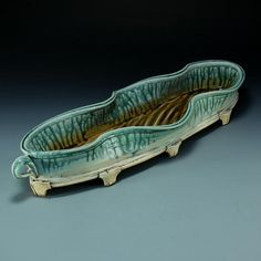An exhibition celebrating the contribution of women artists to the craft of pottery in the south. Southern Women, Ikebana, Flower Vases, Ash, Pottery, Inspirational, Turquoise, Flower Pots, Gray