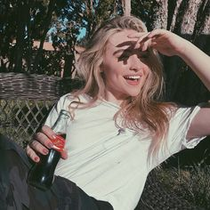 Image in sabrina carpenter theme collection by boujiie baby Sabrina Carpenter Style, Girl Meets World, Celebs, Celebrities, Aesthetic Girl, Ulzzang Girl, Woman Crush, Girl Crushes, Girl Photos