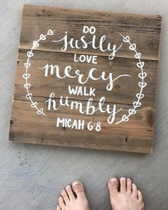 Micah 6:8 Pallet Sign Pallet Projects Signs, Pallet Crafts, Pallet Signs, Wood Projects, Pallet Art, Diy Crafts, Wood Crafts, Craft Projects, Craft Ideas