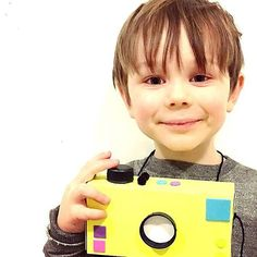 Check out this cutie with his CRAFTD camera! Say cheeeeese! Thanks for the snap daddy @djlithoo 📸 #kidscraft101 #colour #craft #diy #diyproject #paint #art #design #designer #create #creative #smallbusiness #startup #handmade #homemade #painting #makers #mums #kids #children #kidscraft #designer #maker #parents #neon #camera #playtime #london #craftdkids