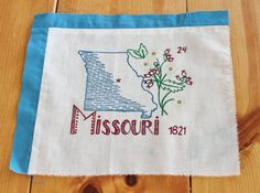 Vintage United States of America Quilt by Boutiqueatthebusybee